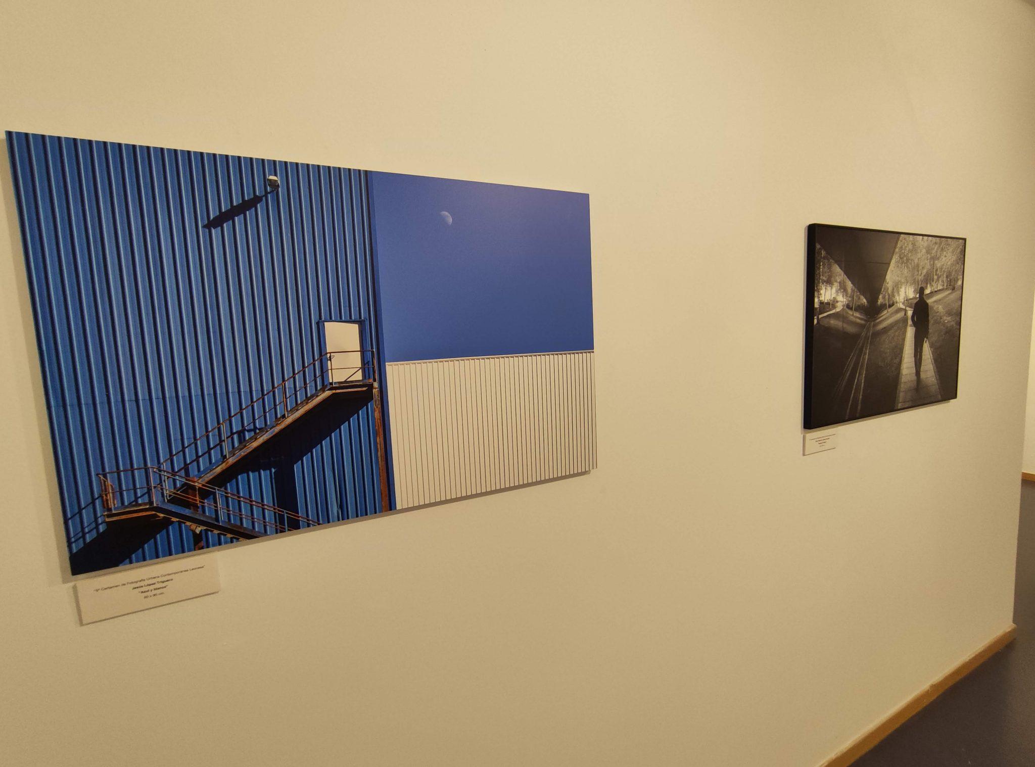 Inaugurada la exposición de obras del '5º Certamen de fotografía urbana contemporánea leonesa' en el campus de Ponferrada 2