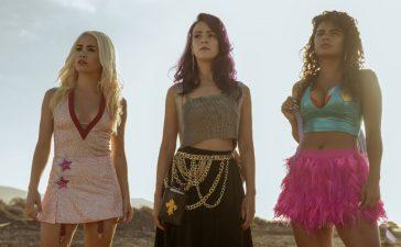 Sky Rojo, la nueva serie de los creadores de La Casa de Papel, se estrena en Netflix mañana 19 de Marzo 4