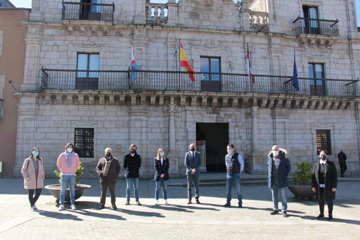 Buena sintonía en la primera reunión entre el Ayuntamiento y la Asociación de Comerciantes Ponferrada Es Comercio 1