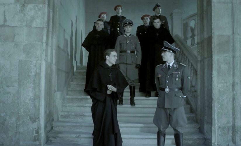 La 2 emite hoy miércoles la película 'Onyx, los reyes del Grial', rodada en Ponferrada y León 1