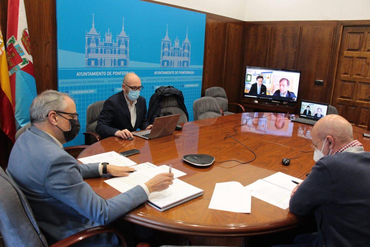 Ponferrada e INDRA estudian posibles acuerdos para el desarrollo de proyectos 1