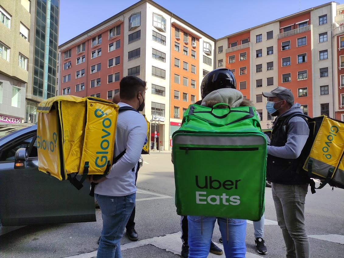 Los 'Riders' ponferradinos dicen no a la regulación, con una concentración por las calles de Ponferrada 1
