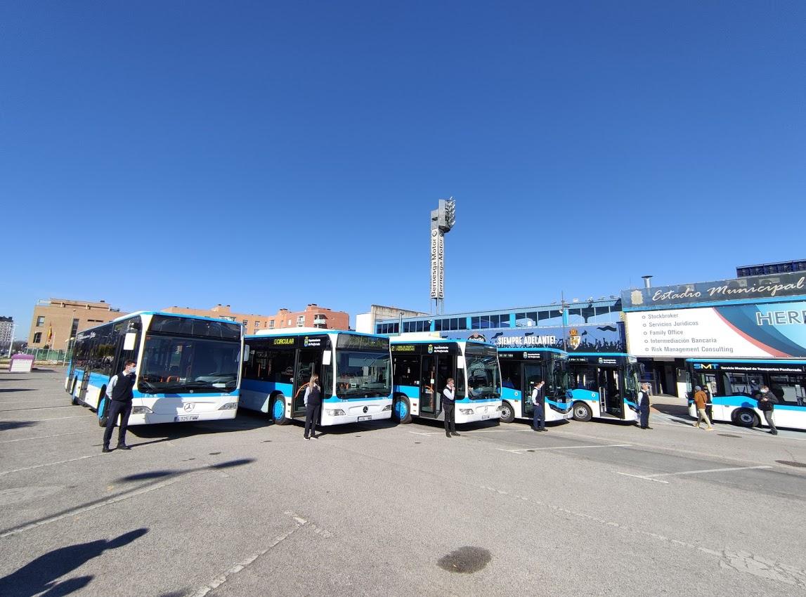 Los autobuses 'blanquiazules' del nuevo Servicio Municipal de Transporte de Ponferrada, inician su andadura 6