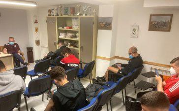 Los árbitros de la comarcal realizan las pruebas para pitar en el Bierzo y Laciana 7