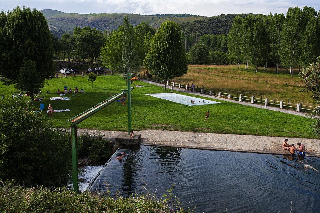 Playas fluviales en el Bierzo para disfrutar del baño este verano 12
