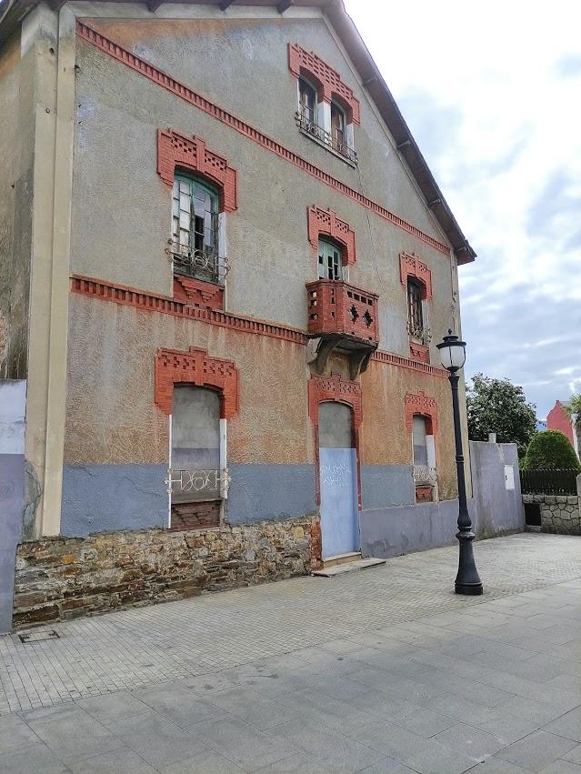 6 Edificios vacíos en Ponferrada que nos encantaría ver ocupados 9