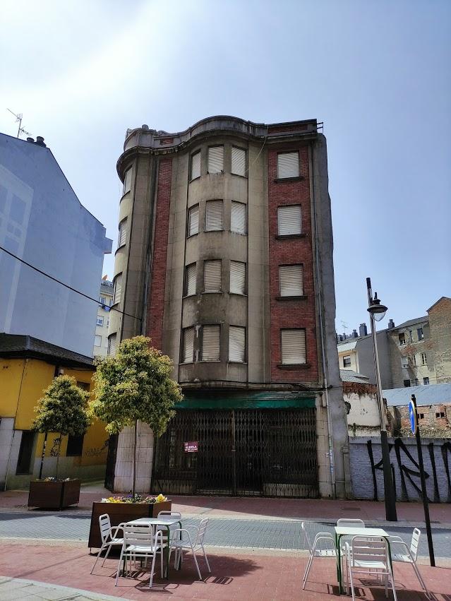 6 Edificios vacíos en Ponferrada que nos encantaría ver ocupados 6