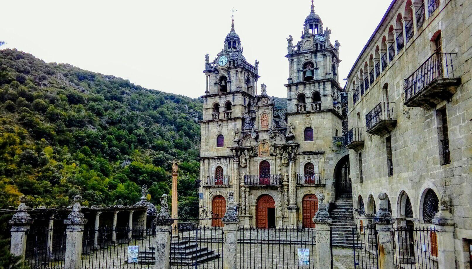 5 Sitios que no te puedes perder visitando la vecina comarca de Valdeorras 3