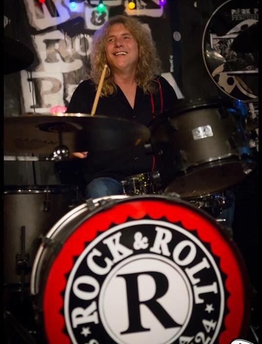 David y Petra de EEUU al Bierzo con Rock&Roll Pizza 16