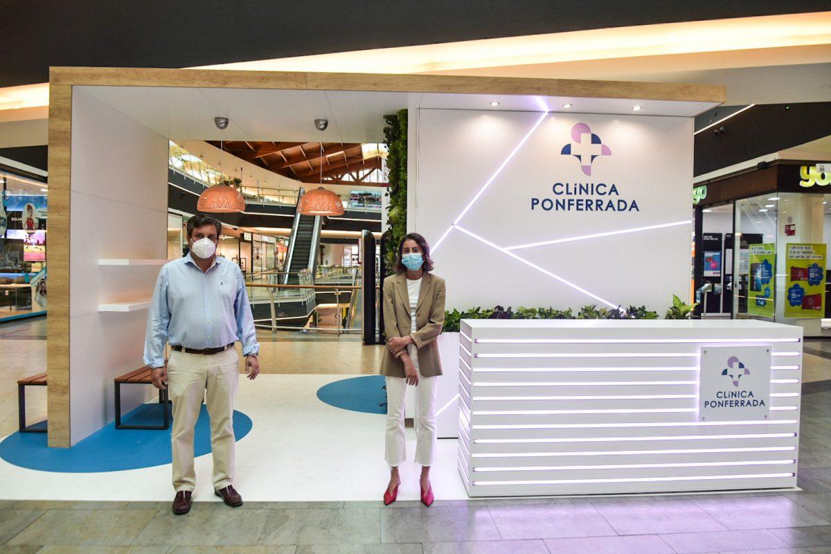 Clínica Ponferrada lleva un stand al CC El Rosal dentro de su campaña 'Más salud, más Bierzo 1