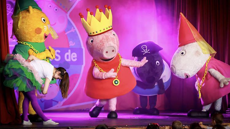 El sábado arrancan Las noches del Auditorio de Ponferrada con el espectáculo infantil 'Los mundos de Peppa Pig y Ben & Holly' 1