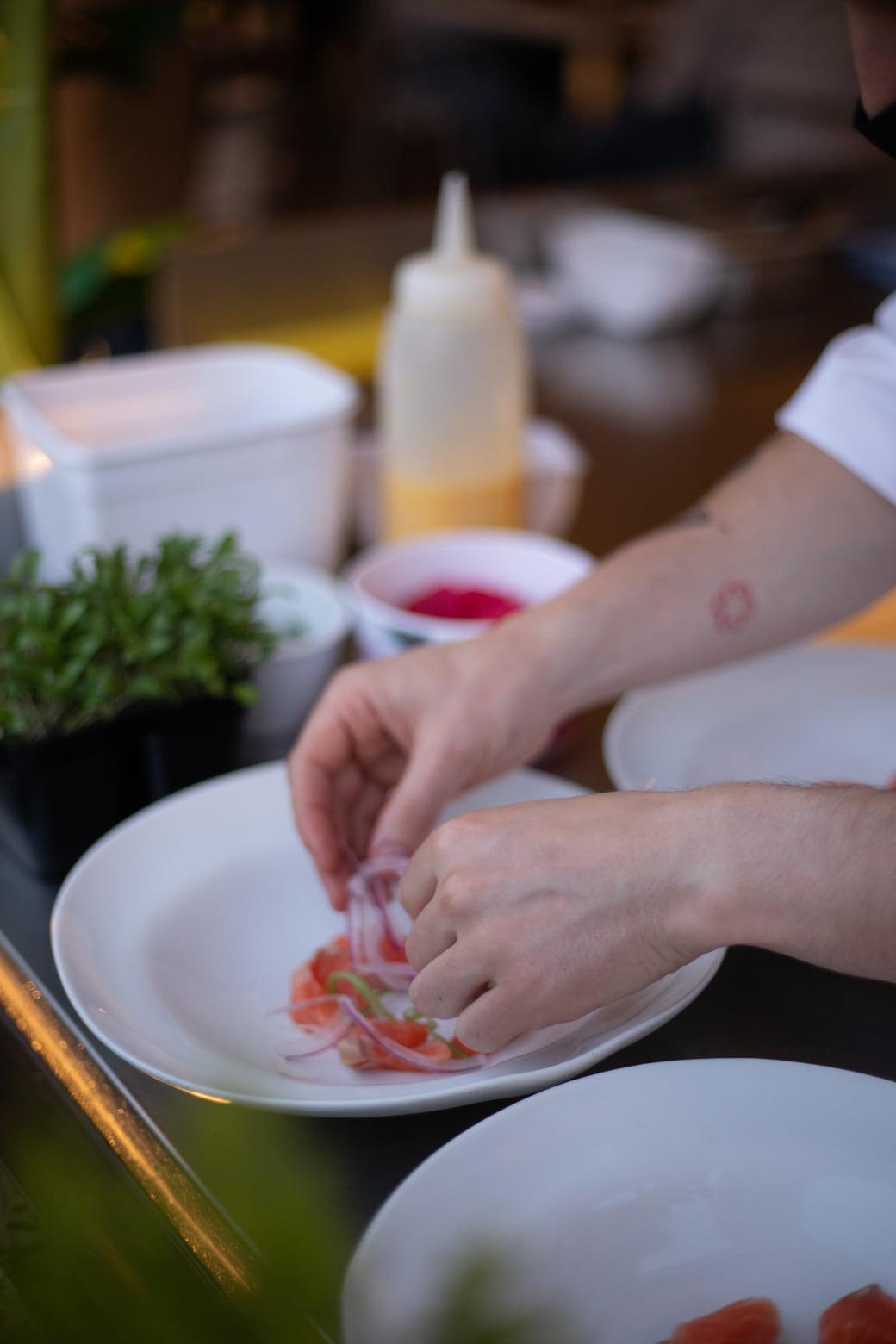 La noche de cocina Nikkei en el restaurante La Violeta, un evento culinario de primer nivel 20
