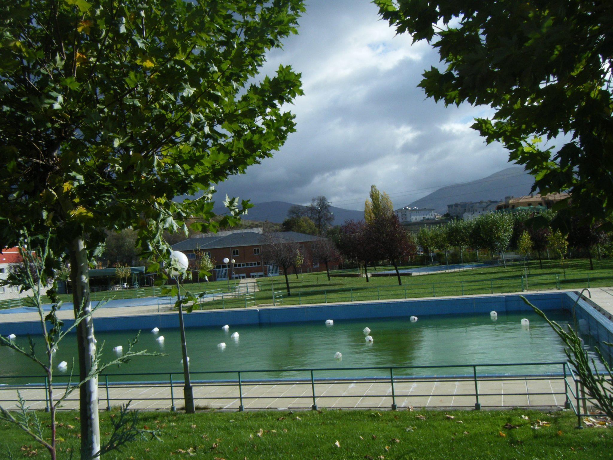 Especial piscinas que no te puedes perder en El Bierzo este verano 3