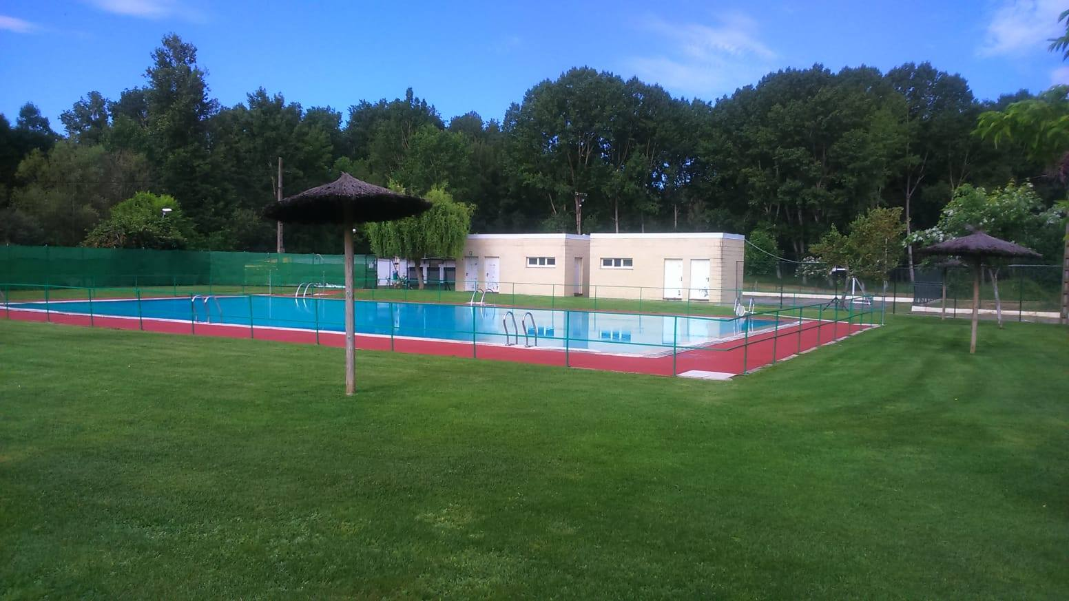 Especial piscinas que no te puedes perder en El Bierzo este verano 1