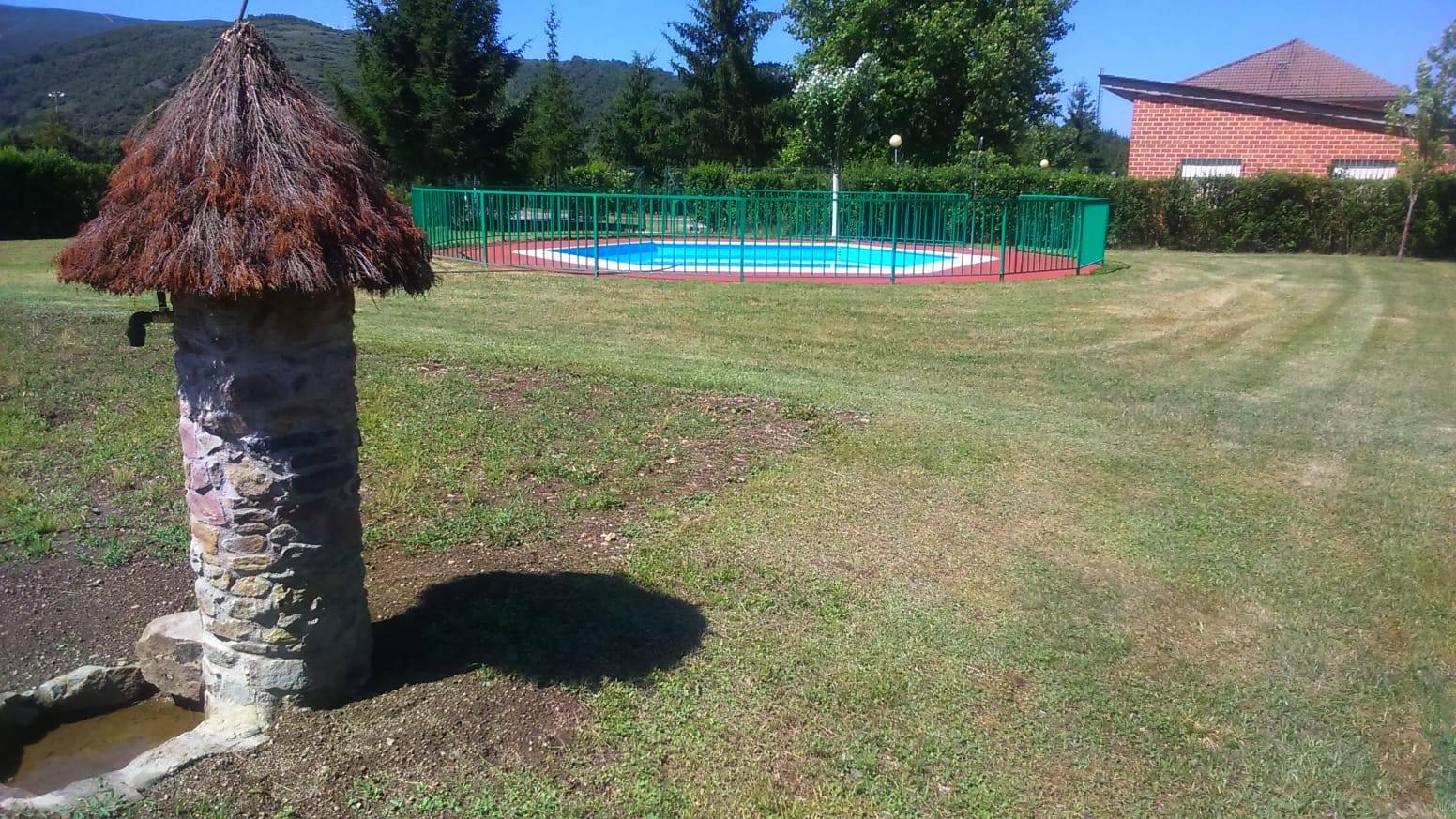 Especial piscinas que no te puedes perder en El Bierzo este verano 23