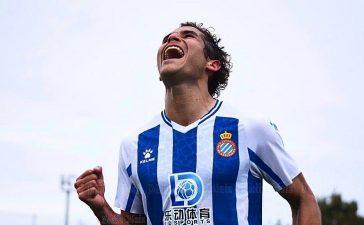 El delantero Becerra, nuevo jugador de la SD Ponferradina 7