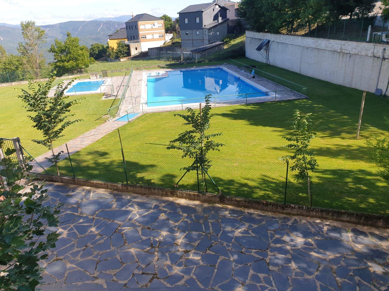 Especial piscinas que no te puedes perder en El Bierzo este verano 20