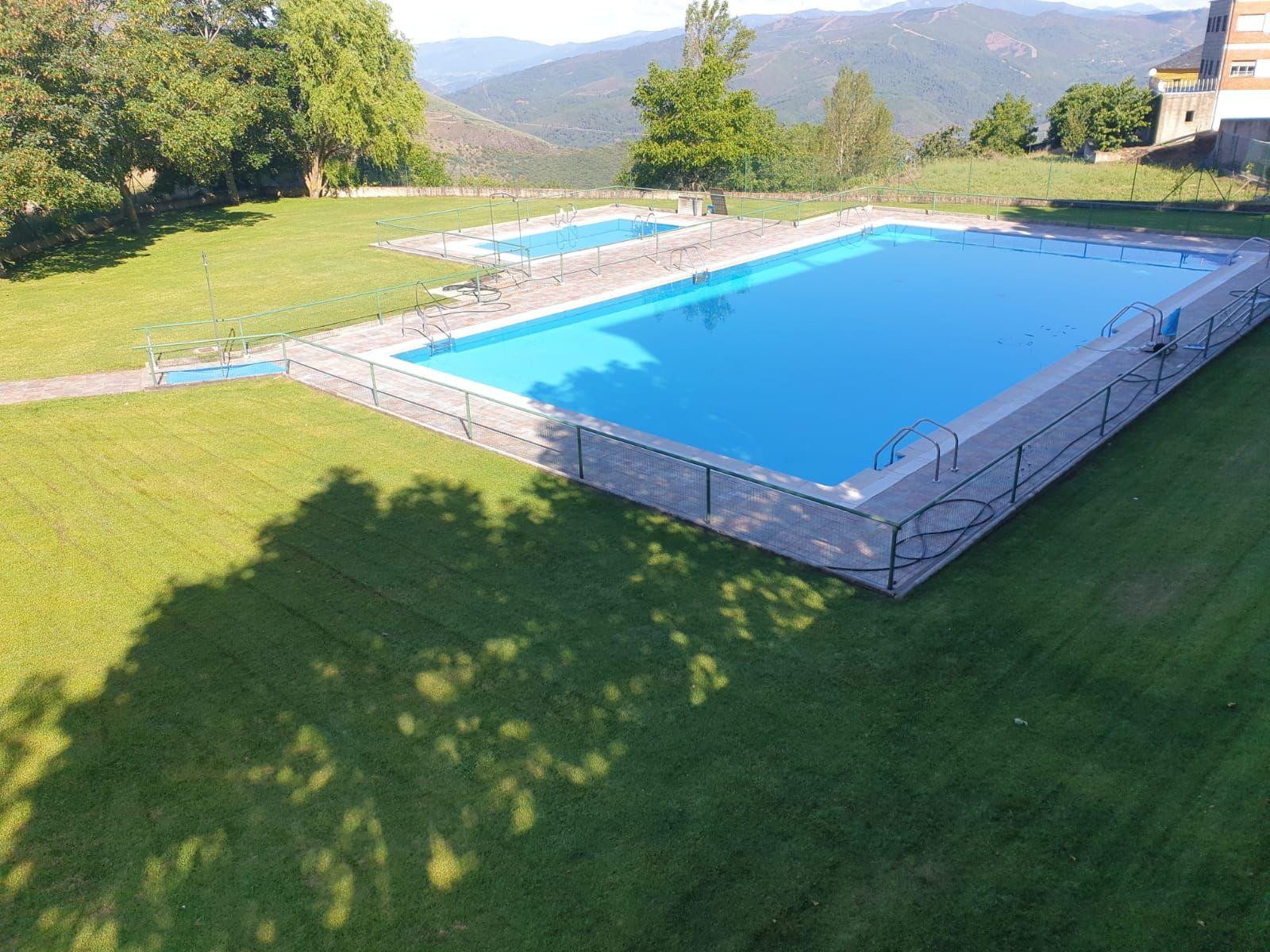 Especial piscinas que no te puedes perder en El Bierzo este verano 19