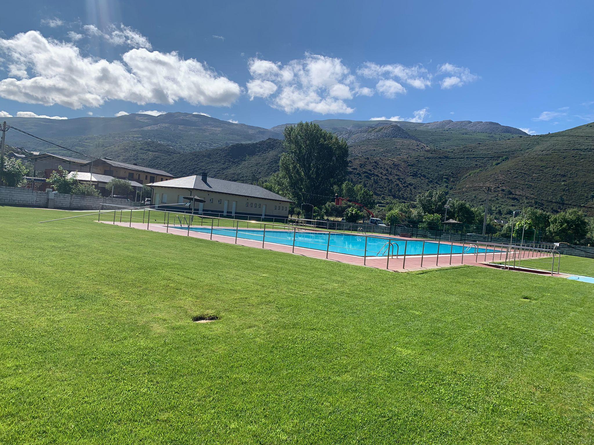 Especial piscinas que no te puedes perder en El Bierzo este verano 17