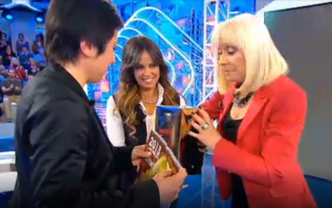 El día que Rafaella Carrá conoció a Isabel, una fan ponferradina en 'Hay una cosa que te quiero decir' 3