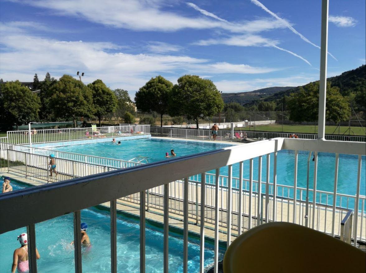 Especial piscinas que no te puedes perder en El Bierzo este verano 24