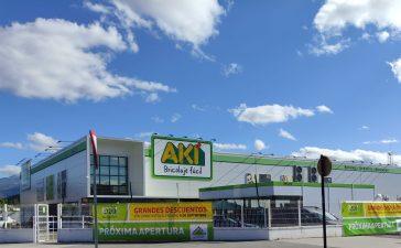 El centro de bricolage AKI cierra hoy sus puertas para abrir en otoño integrado en Leroy Merlin 6