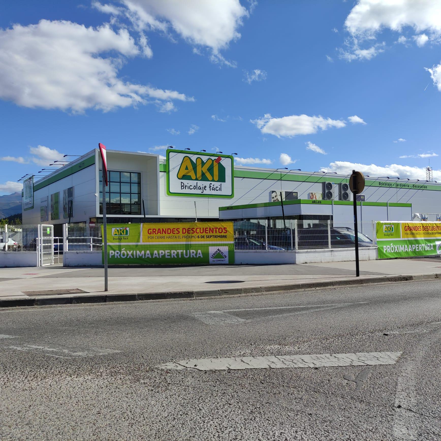 El centro de bricolage AKI cierra hoy sus puertas para abrir en otoño integrado en Leroy Merlin 1