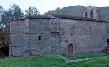 Patrimonio autoriza la reparación de la cubierta de la iglesia de San Juan de San Fiz, en Villafranca del Bierzo 2