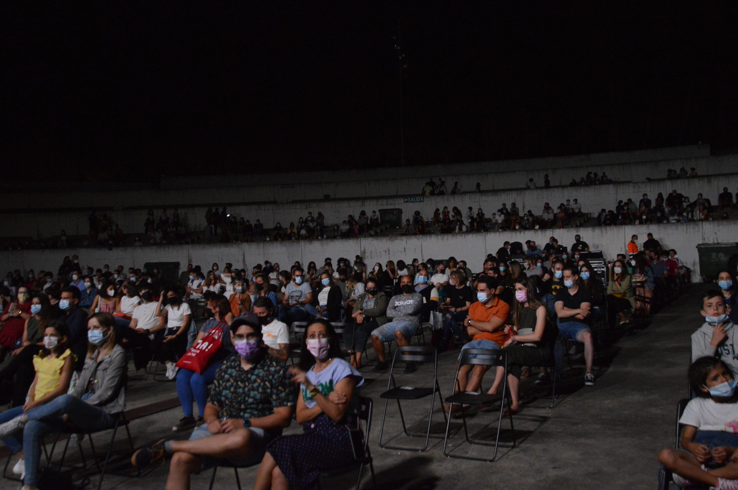 Fotogalería | La música de Sidecars crea 'Ruido de Fondo' en las Noches de la Encina 2021 de Ponferrada 4