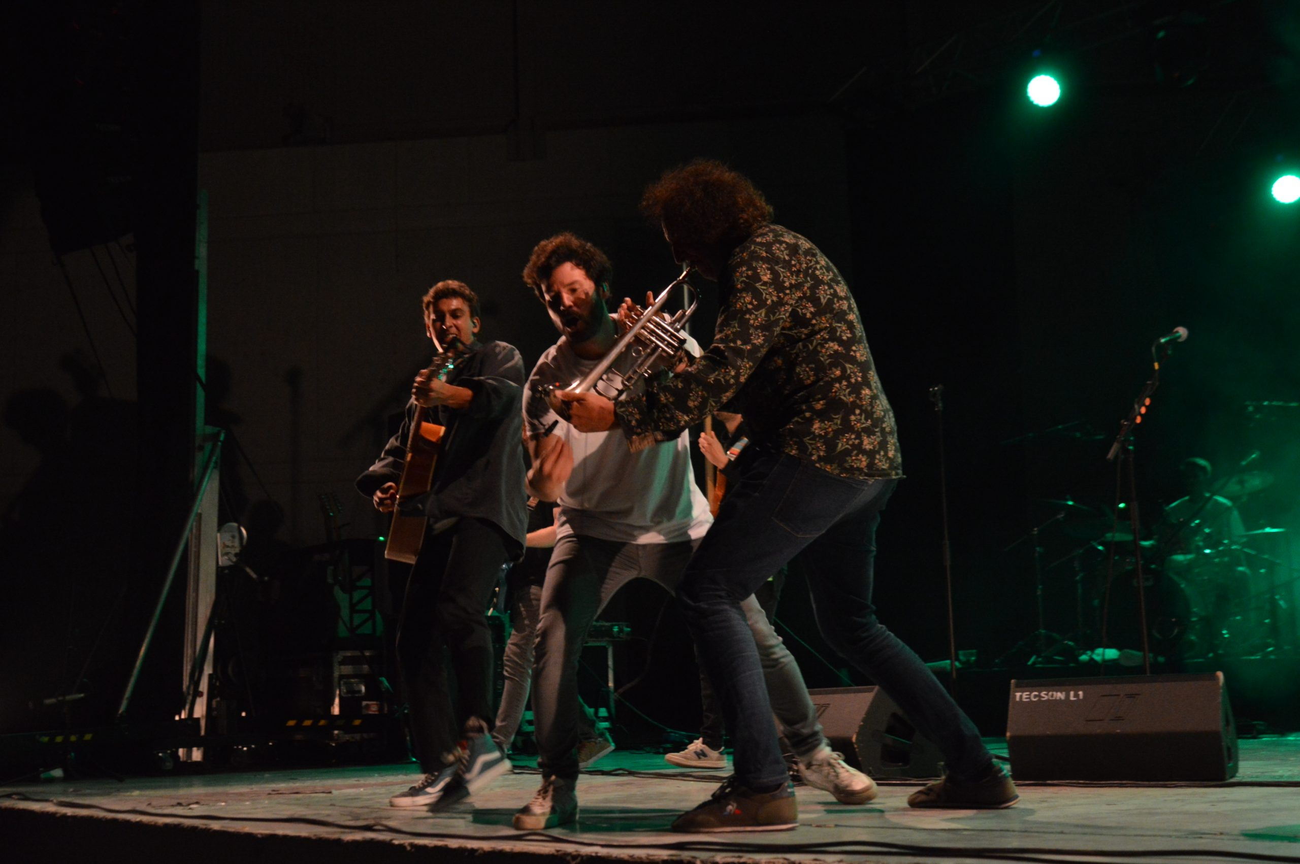 Taburete se entrega a su público en Ponferrada y dan la alternativa al ponferradino Pravlenha 28