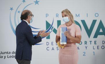 Lydia Valentín recibe el premio Victoria a la mejor deportista de Castilla y León 36