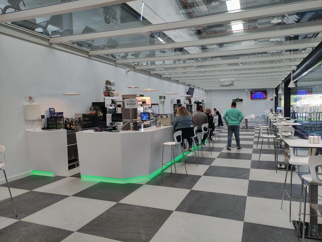 Abre en Bembibre DST Sport, un centro de práctica de pádel de alto rendimiento 7