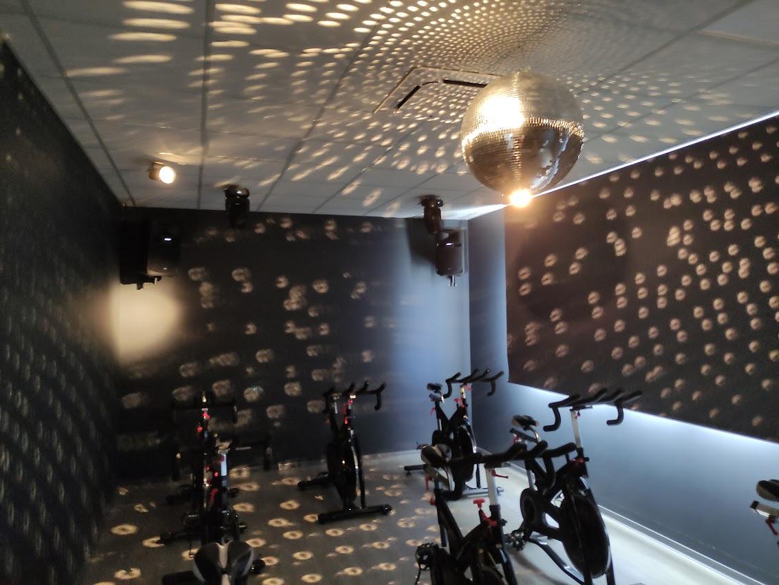 Abre en Bembibre DST Sport, un centro de práctica de pádel de alto rendimiento 3