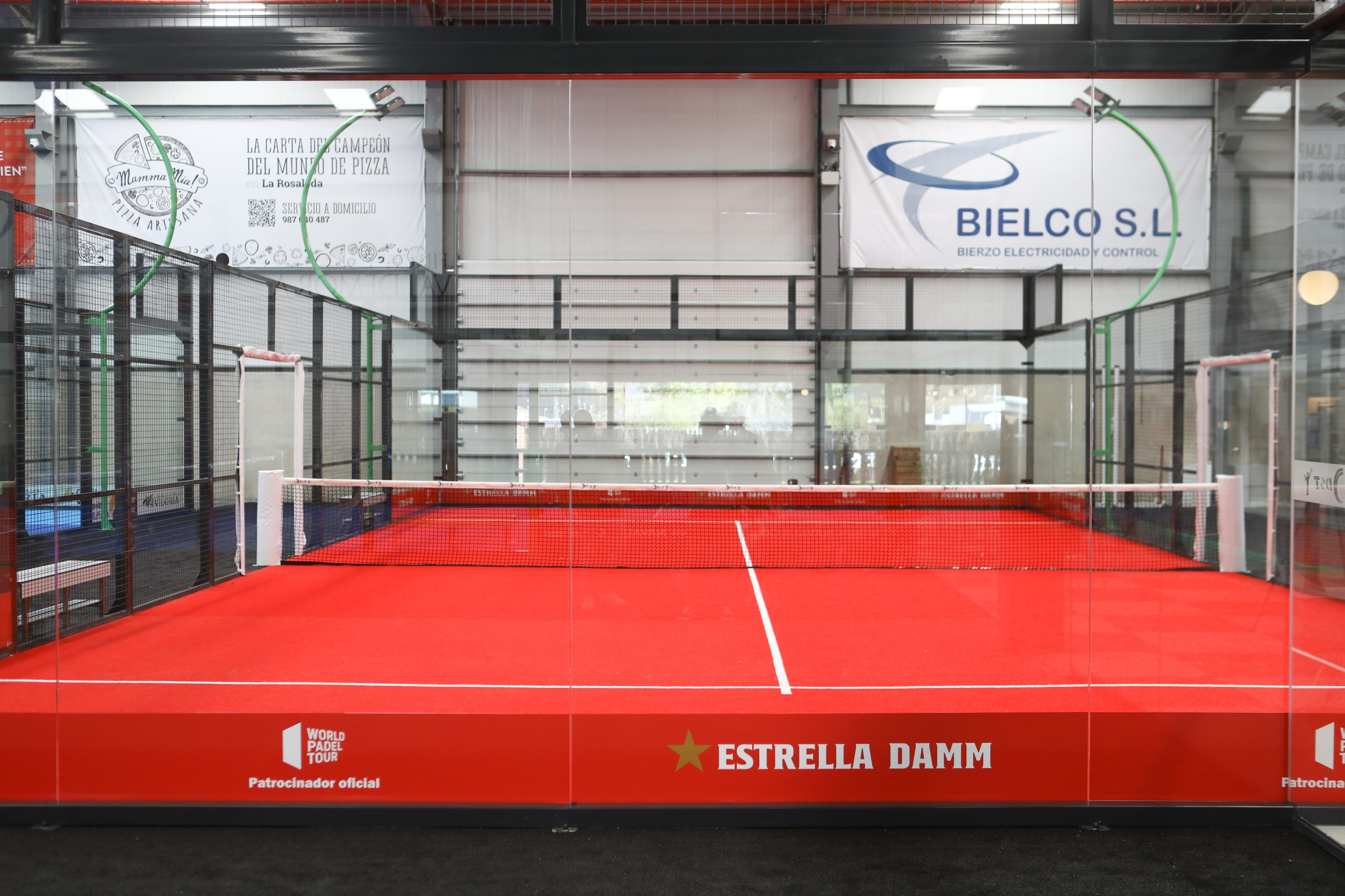 Abre en Bembibre DST Sport, un centro de práctica de pádel de alto rendimiento 13