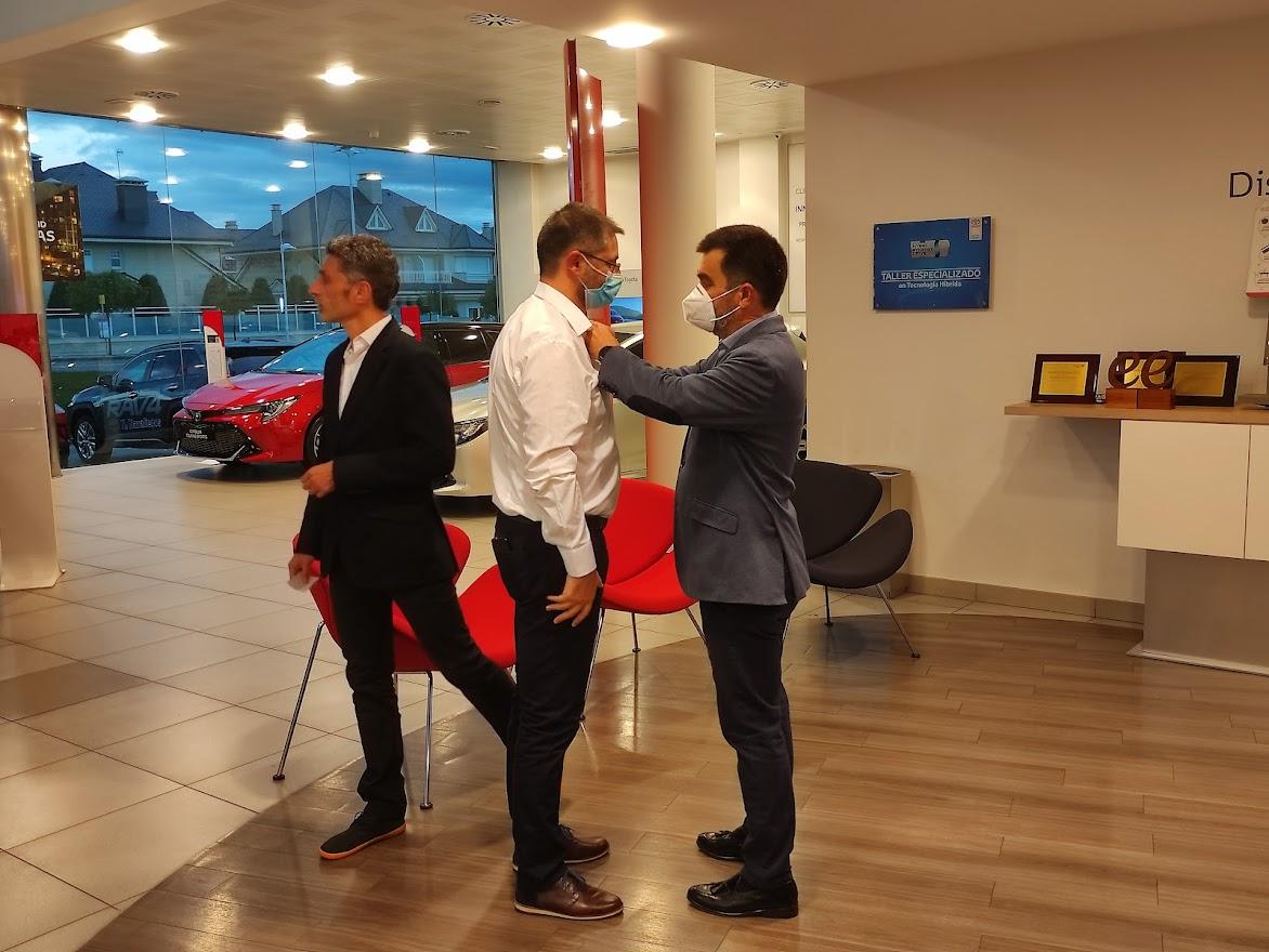 Toyota reconoce a Neumáticos Navaliegos con el premio Excellence Retail como uno de los mejores de su red nacional 3
